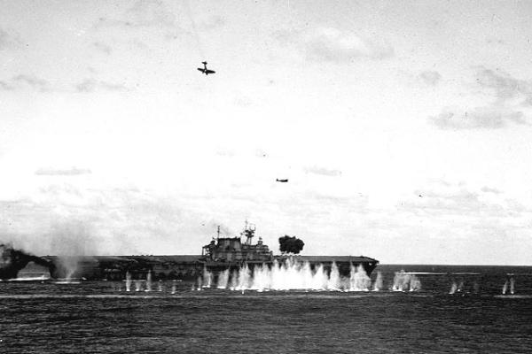 File:USS Hornet at Santa Cruz-600px.jpg