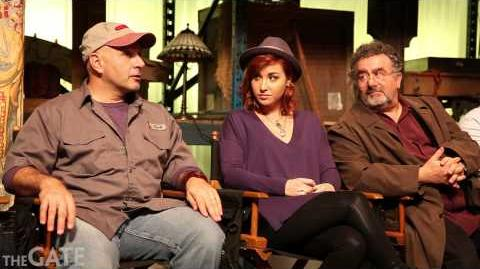 On set with the cast of 'Warehouse 13'