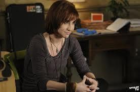 File:Claudia season 4.jpg