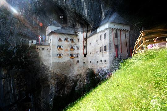 File:Predjamski-castle4.jpg