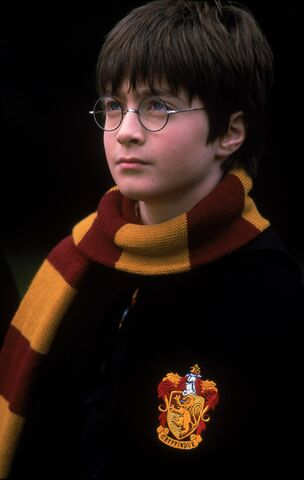 File:Daniel radcliffe harry potter and the sorcerers stone 001.jpeg