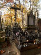 Cmentarz Powązkowski (nagrobek R. Szewczykowskiego)