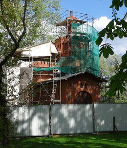 Pałac w Wilanowie (pompownia, remont).JPG
