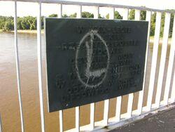Tablica pamiątkowa Most Łazienkowski