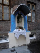 Mokotowska (kamienica nr 65, kapliczka)