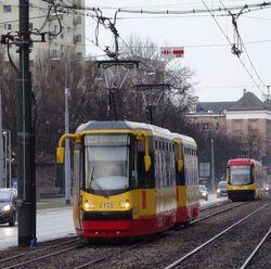 Aleja Solidarności (tramwaj 23).JPG