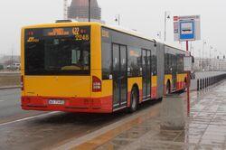Branickiego (przystanek, autobus 422).JPG