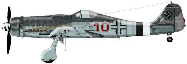 File:11 Fw190D-9 5-JG26.jpg