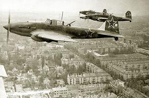 Il-2 over Berlin 1945