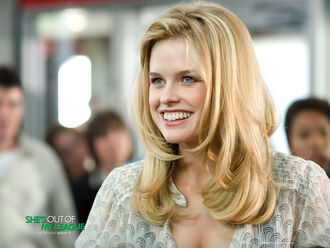 Alice Eve in Shes Out of My League Wallpaper 15 800