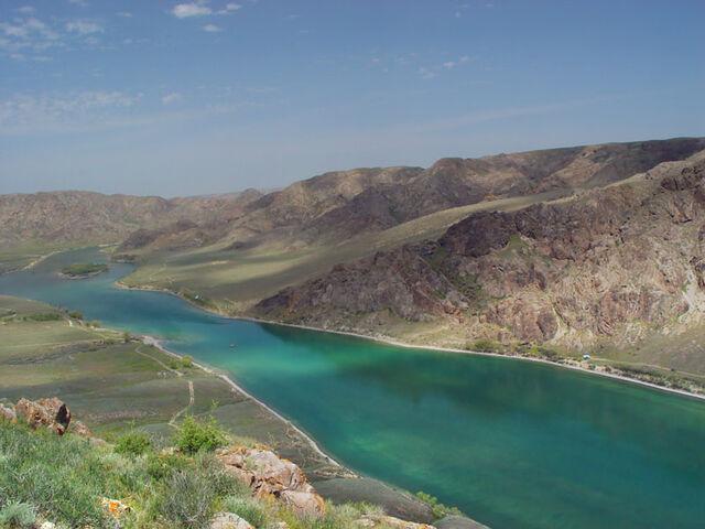 File:River-ili-2.jpg