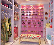 Dressing+closet+pink+chic+and+deco thumb