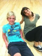 Ross-Lynch-and-Maia-Mitchell-during-Teen-Beach-Musical-rehearsals-ross-lynch-austin-31632580-484-648