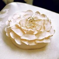 Floral-ring-bearer-pillow-220