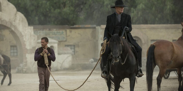 File:Clifton-Collins-Jr-and-Ed-Harris-in-Westworld.jpg