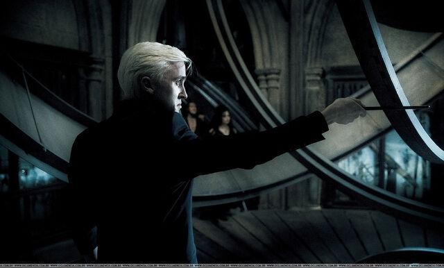 File:Draco-HBP-draco-malfoy-8729621-2100-1266.jpg