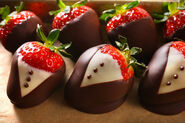 29314 chocolate dipped strawberries 620