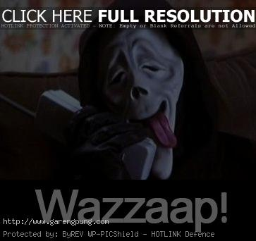 File:3 scary movie quotes wazzup.jpg
