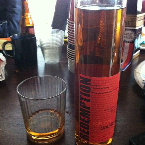 File:Redemption-rye-bourbon.jpg
