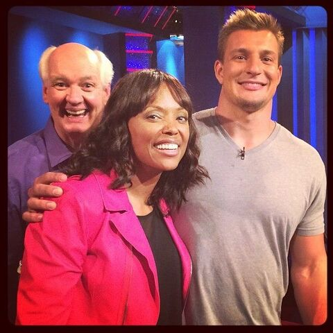 File:Whose Line?- Rob Gronkowski NFL player as 2014 season guest.jpg