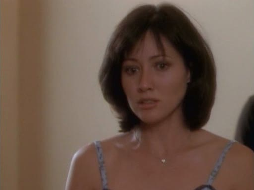 File:Prue moves ring.jpg