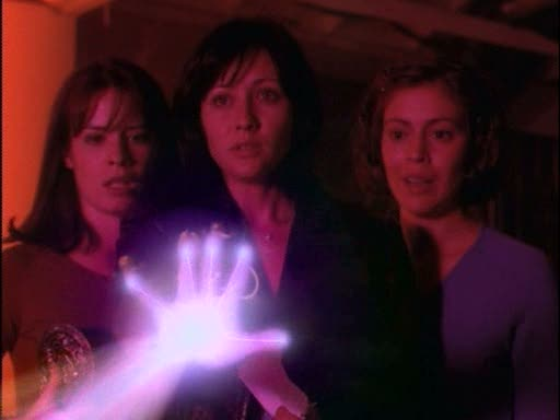 File:The charmed ones invoking the hand of fatima.jpg