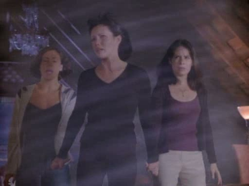 File:The charmed ones cast the power of three spell.jpg