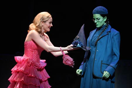 File:Stacie Morgain Lewis & Kristy Cates in Wicked in Chicago.jpg