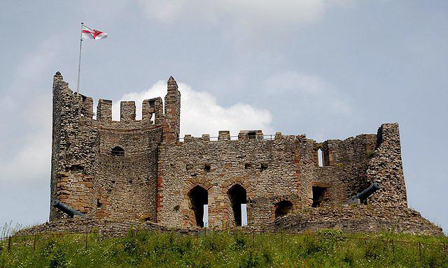 Plik:Dudley Castle.jpg