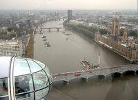 Thames river lambeth bridge.jpg
