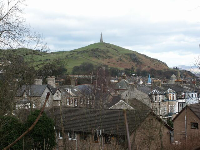 Plik:View over to Hoad Hill.jpg
