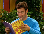 AnthonyReadinghisPizzaBook