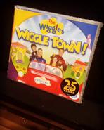 WiggleTownCDonthePiano