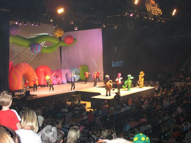 File:Lights,Camera,Action,Wiggles!-2006Live.jpg