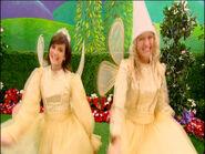 FairyClareandLarissainDorothy'sMemoryBook