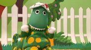 DorothyinApplesandBananas(Episode)
