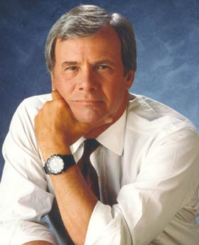File:Tombrokaw.jpg