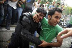 IranElectionProtests6-15-2009pic2