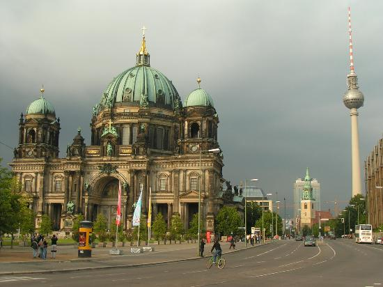 File:Berlin-cathedral-and.jpg