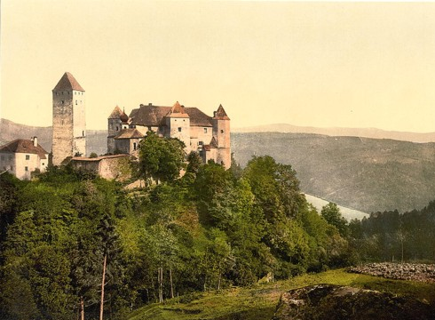 File:Castello di Avia.png