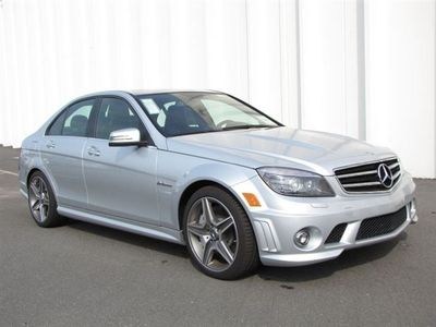 File:New-2011-mercedes~benz-c~class-c63amgnavigationharmankardonaudiopackagesedan-8845-7430298-1-400.jpg