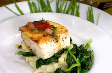 File:20110106-halibut-spinach-potatoes-365x240.jpg