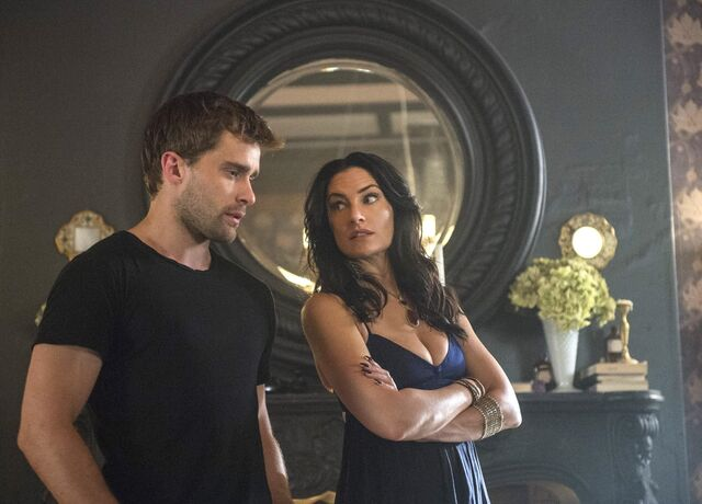 File:Witches of East End - Episode 2.09 - Smells Like King Spirit - Promotional Photos (8) FULL.jpg