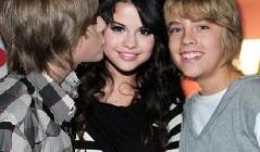 File:Selena and Dylan.jpg