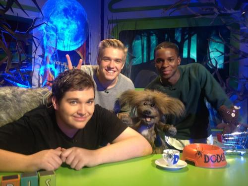 File:Bobby-Kedar-and-the-CBBC-team-wolfblood-32547247-500-375.jpg