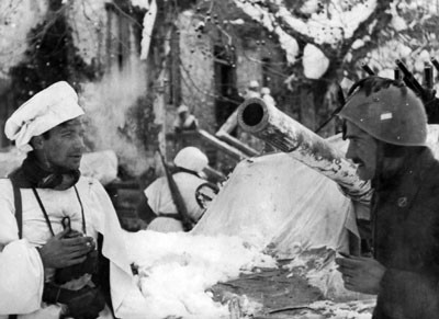 File:Italian 4th Artillery Regiment, Garfagnana 1945.jpg