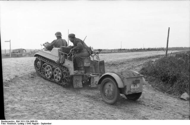 File:Kettenkrad Sd. Anh. 1, Russia 1943.jpg