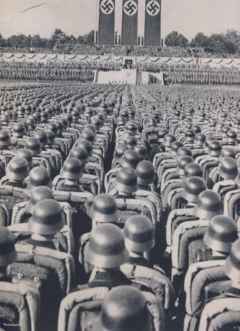 File:V112 wehrmacht infantry rally pre-offensives.jpg
