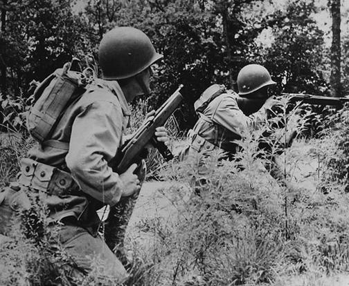 File:Two US Marines training at MCB Quantico, Circa 1942?.jpg