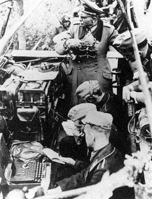 File:Enigma Machine 2.jpg